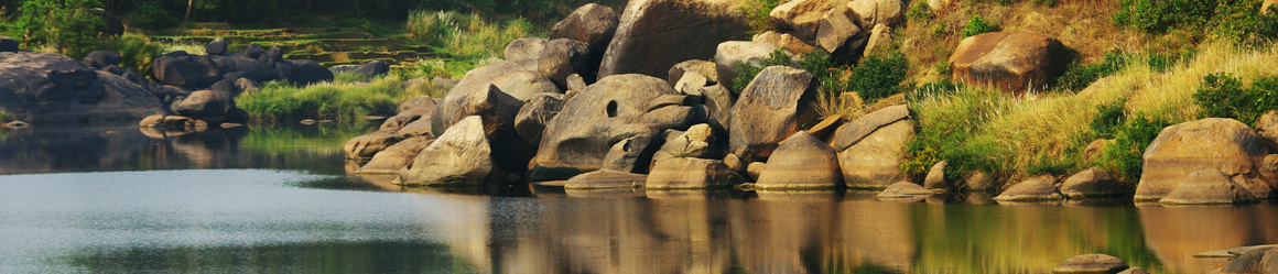 Hampi river is a symbol of the region.